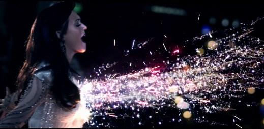 Gayové ve videoklipu Firework od Katy Perry