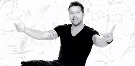 Ricky Martin a jeho nový videoklip The Best Thing About Me Is You