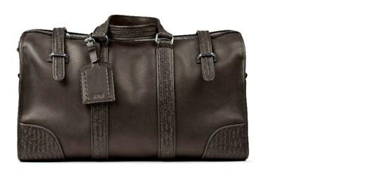 Co tak stylovou tašku od Hugo Boss?