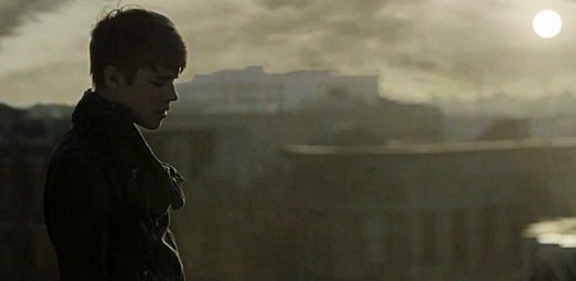 Zamilovaný Justin Bieber v klipu Next 2 You