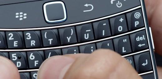 Kolik denně pošlete SMS? Američan padesát, má je zdarma