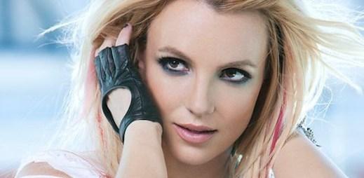 Britney Spears prchá před zákonem v novém klipu Criminal