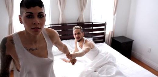 Nina Sky: dvě verze příběhu lásky v klipu Day Dreaming