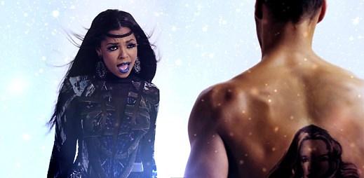 Futuristický videoklip The Woman You Love od Ashanti