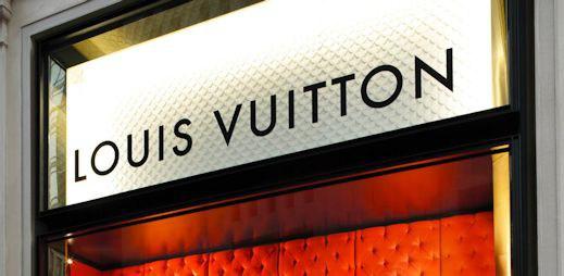 Nejbohatší lidé světa: Kdo vlastní Louis Vuitton, Zaru, H&M a další