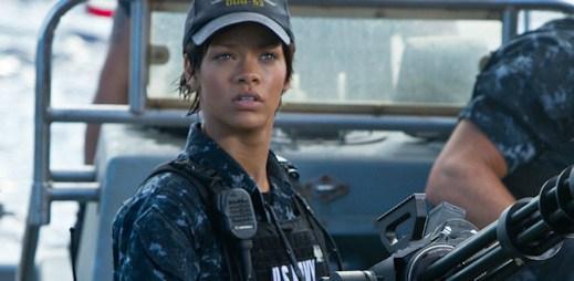Film: Bitevní loď aneb Rihanna brání lidskou rasu