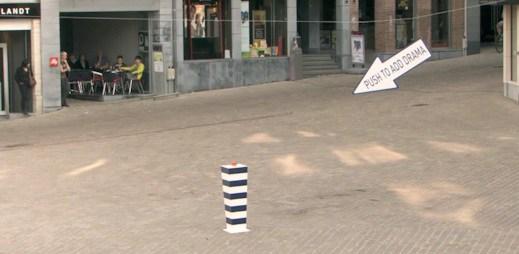 Neuvěřitelné drama na nudném náměstí v Belgii, skvělé video!