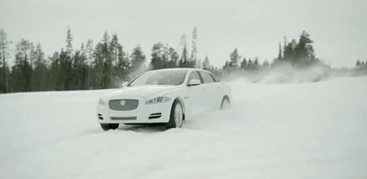 Jaguar XJ a XF pro rok 2013: Akce na sněhu v zimním módu