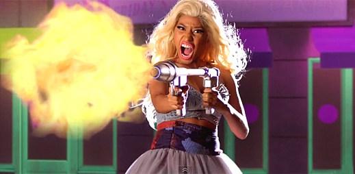 Nicki Minaj likviduje svou konkurenci v novém klipu The Boys