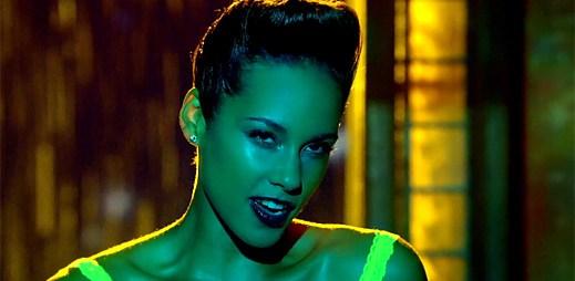 Alicia Keys se stará o rodinu jako správná hospodyňka v Girl on Fire