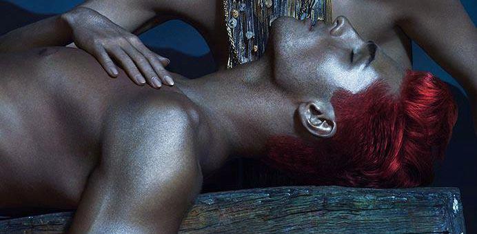Sexy žhavá kolekce od Versace na jaro a léto 2013