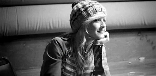 Ellie Goulding pustila do světa Explosions