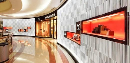 Louis Vuitton sousedí vedle nejvyšších mrakodrapů světa
