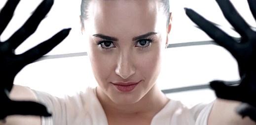 Číslo jedna na iTunes: Nový klip Heart Attack od Demi Lovato