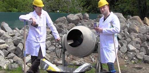 Crash test: Vydrží iPhone 5 deset minut v míchačce na beton? (video)