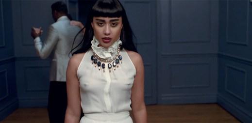 Natalia Kills natočila klip Saturday Night o domácím násilím jako osobní zpověď