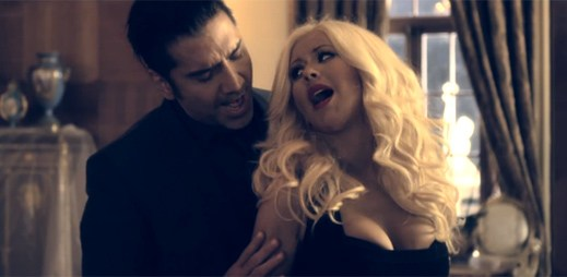 Christina Aguilera a Alejandro Fernandez natočili úžasný singl pro telenovelu