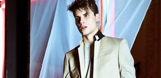 Jean Paul Gaultier: Svetr na saku? Žhavá kolekce pánských obleků!