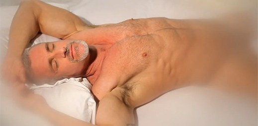 Gay pornoherec Colton Ford začal zpívat a natočil klip All My Love