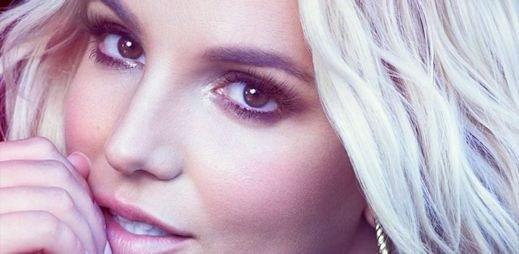 Britney Spears nazpívala skvělý song Perfume