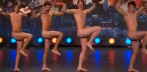 Na švédském Talentu bylo zatraceně horko! 4 kluci se svlékli úplně do naha