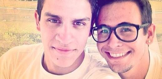 10 zamilovaných gay párů se vyfotilo pro Beyoncé na Den svatého Valentýna