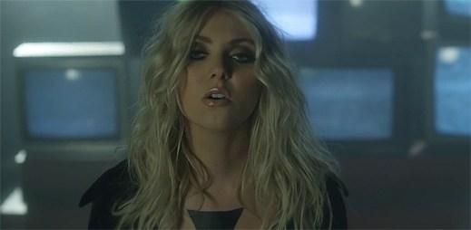 Taylor Momsen natočila chytlavý klip Heaven Knows. Je to temná show!