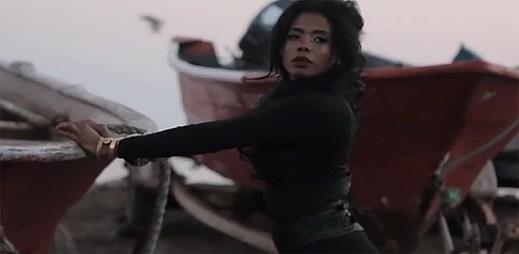 Kelis v novém klipu Jerk Ribs vycestovala do Mexika