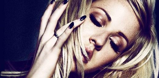 Oblíbená Ellie Goulding nahrála singl Beating Heart, který je součástí soundtracku filmu Divergent