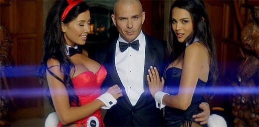 Pitbull natočil klip Wild Wild Love ve vile zakladetele magazínu Playboy