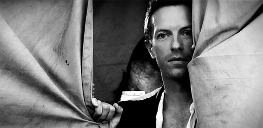 Fenomenální Coldplay natočili retro klip k songu Magic