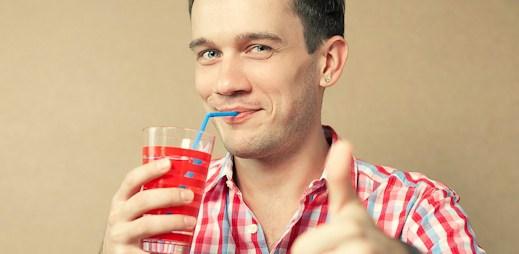 Překvapte svého kluka: Netradiční osvěžení v podobě domácích limonád