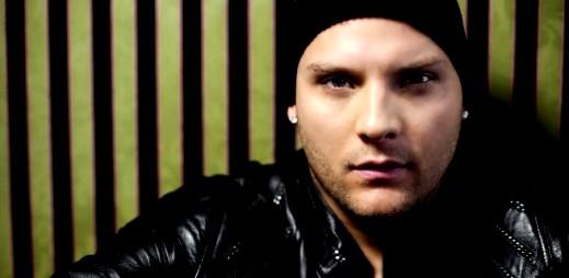 Tomi Popovič a Rytmus v singlu Neviem Byť Verný
