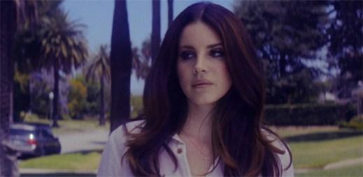 Lana Del Rey opět útočí na naše emoce. Klip Shades Of Cool je toho důkazem!