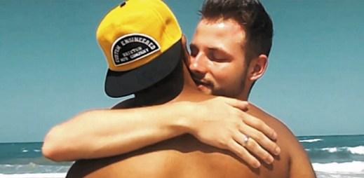 Nová videa Karla Jecha: Drunk In Love a zamilovaný životní příběh