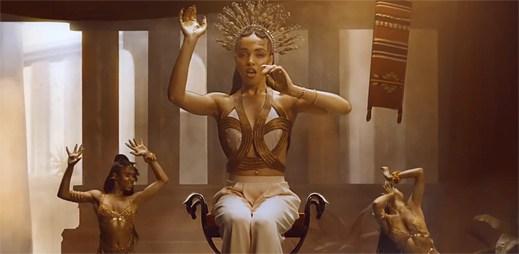 Nejtajemnější zpěvačka FKA Twigs odhalila svůj klip Two Weeks