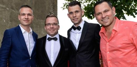 Novináři Luboš Procházka a Matěj Smlsal vstoupili do registrovaného partnerství