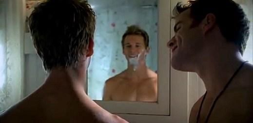 Gay scény v upířím seriálu True Blood