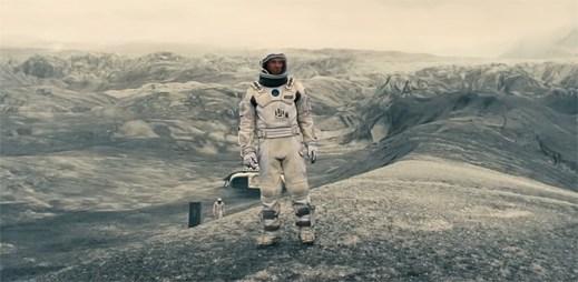 Film Interstellar: Podívejme se dále, než musíme