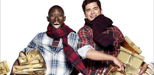 Uděláte radost sami sobě vánoční kolekcí od H&M nebo přátelům či partnerovi?