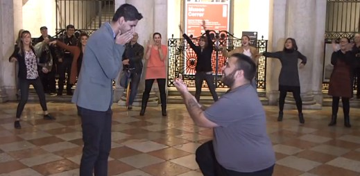 Gay svatba: Vezmeš si mě? Srdce buší a slzy v očích