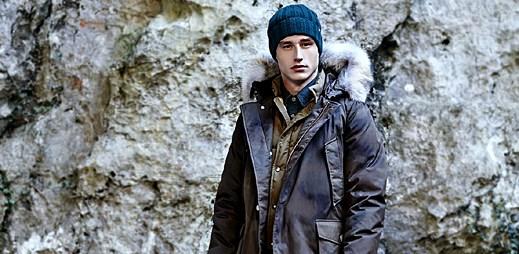 Silné bundy módní značky Woolrich pro chladné měsíce