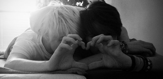 Instagram: Nespoutaná láska Dominika a jeho přítele na 8 fotografiích