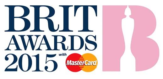 Pád Madonny a úžasné vystoupení Palomy Faith na BRIT Awards 2015