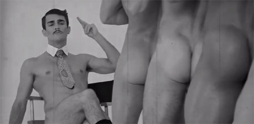 Představení Broadway Bares: Top Bottoms of Burlesque plné nahých sexy zadků