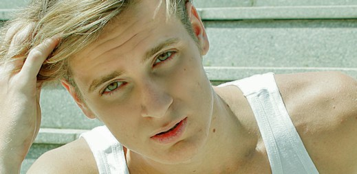 Daniel Fröhlich doufá, že se na Mr. Gay World umístí v TOP 10
