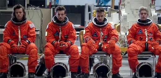 One Direction natočili klip Drag Me Down poprvé v novém uskupení! Jak to zvládli bez Zayna Malika?
