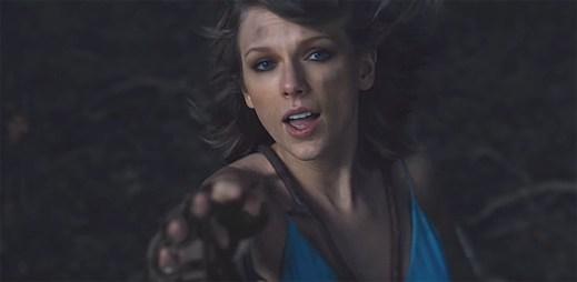 Taylor Swift bloudí po magickém světě  v úchvatném klipu Out Of The Woods