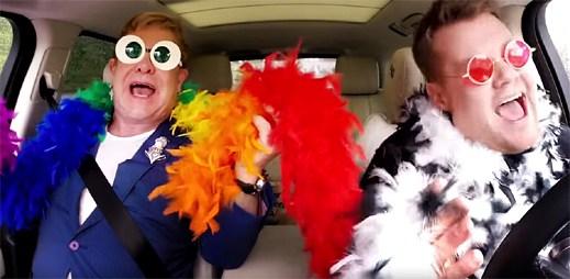 Elton John v show Carpool Karaoke s Jamesem Cordenem předvedl své největší hity