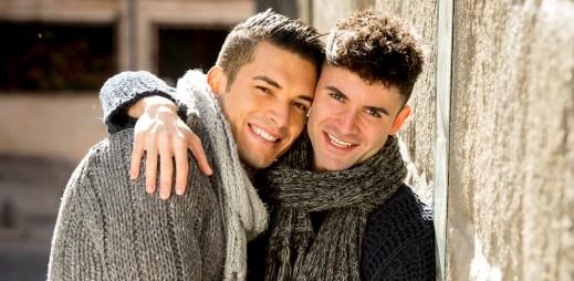 Český sexuolog Petr Weiss: Homosexualita není jen o sexu, gayové mají city a umí milovat